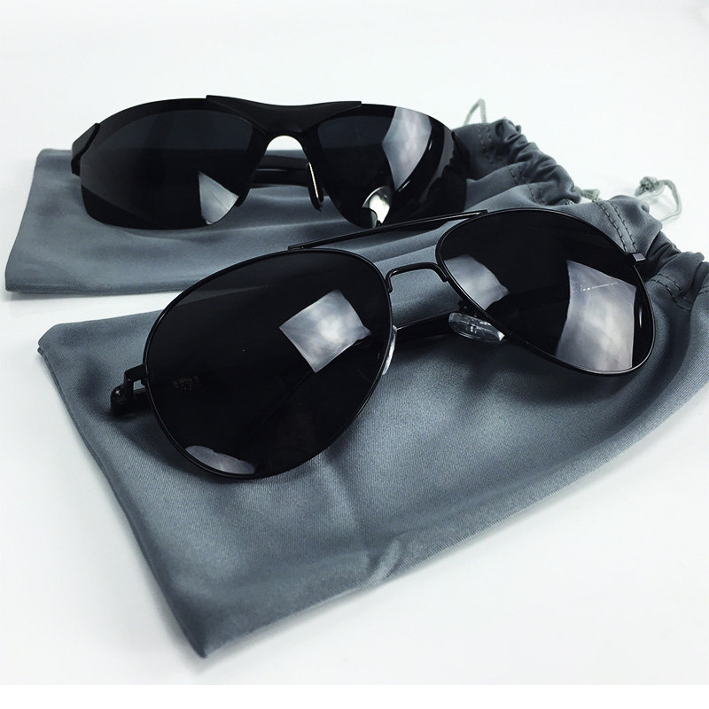 Polarized Sunglasses w/ Microf...